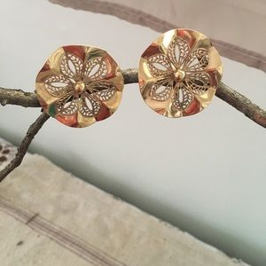 Vintage Gold Tone Flower Statement Earring Clip on